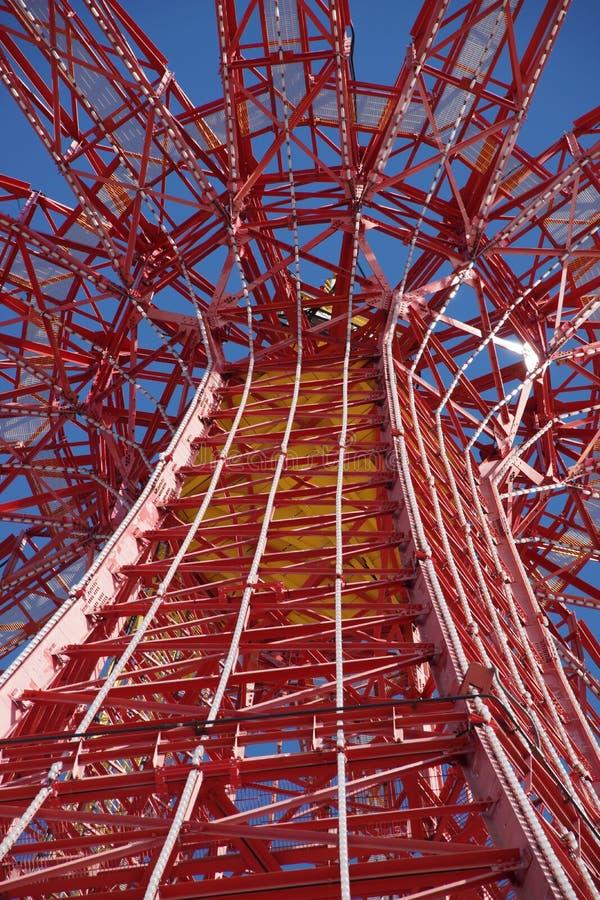 Salto de paraquedas em Coney Island imagem de stock royalty free