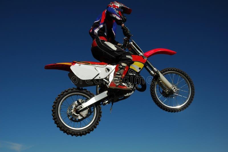 Salto do motocross fotografia de stock royalty free
