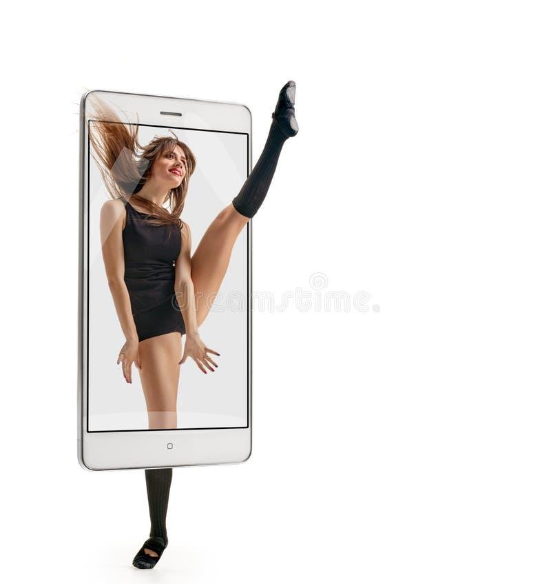 Salto fêmea do dançarino imagem de stock royalty free