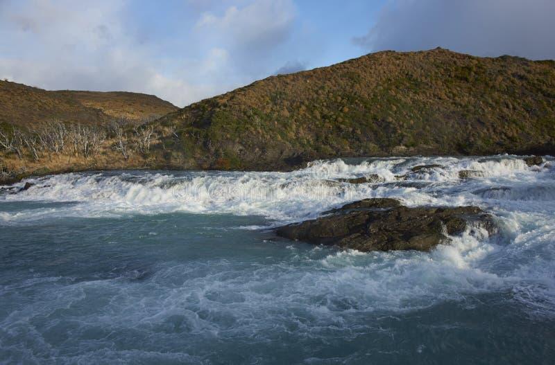 Salto grand, parc national de Torres del Paine, Chili images libres de droits