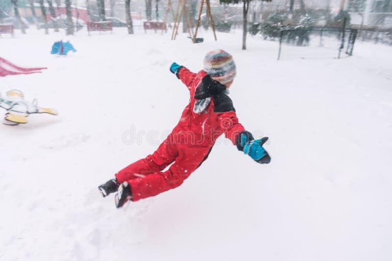 Salto na neve imagens de stock royalty free