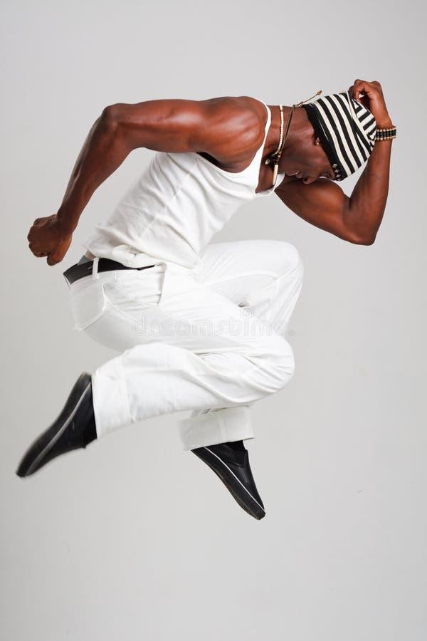 Salto novo do dançarino imagens de stock
