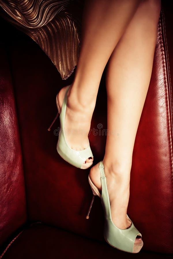 Saltos altos elegantes fotos de stock royalty free