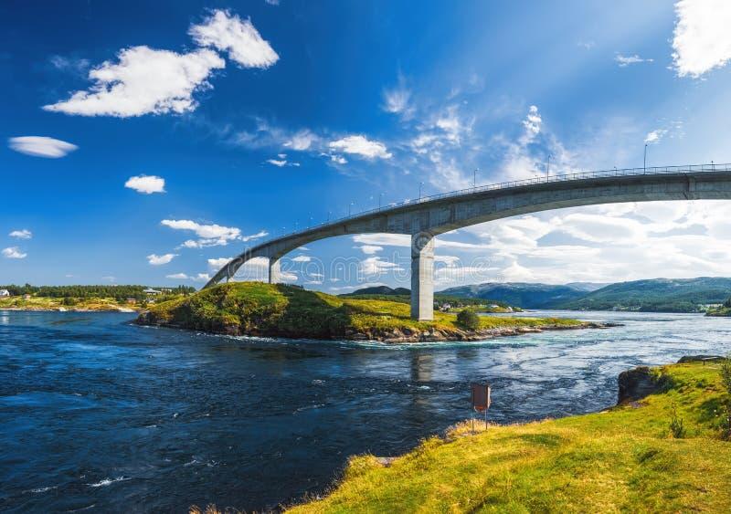 Saltstraumen bro, Nordland, Norge arkivbild
