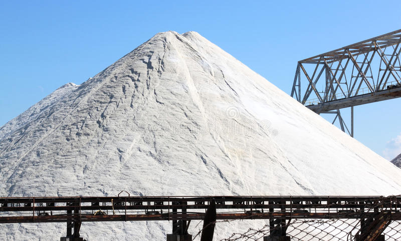 Saltworks em Margherita di Savoia, Itália fotos de stock royalty free