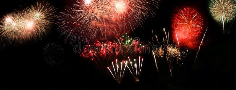 Download Salut immagine stock. Immagine di backgrounds, fireworks - 7316455