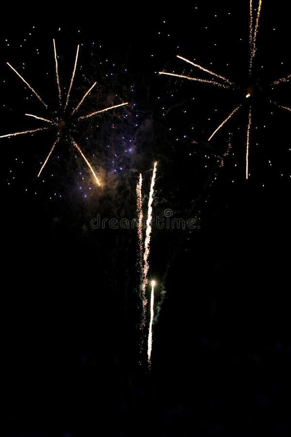 Download Salut fotografia stock. Immagine di notte, luminoso, festival - 7316716
