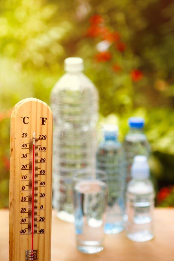 Salut la déshydratation des jours chauds photo stock