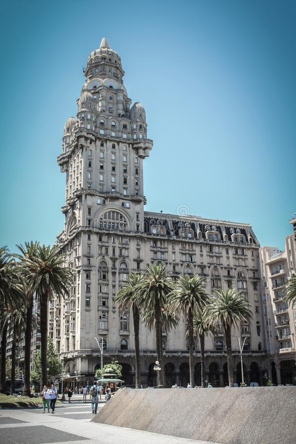 Salva ou Salvo Palace de Palacio em Montevideo, Uruguai, Amer sul fotografia de stock