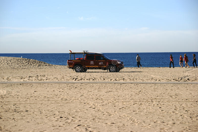 Salva-vidas Patrol na praia fotografia de stock royalty free
