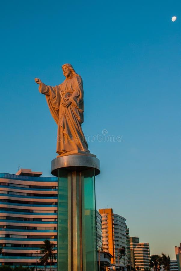 SALVADOR, BA?A, BRASIL: Monumento de Jesus Christ em Salvador fotos de stock royalty free