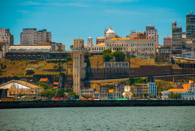 SALVADOR, BAHIA, BRASILE: Vista delle viste di Salvador - Rio Branco Elevatore di Lacerda fotografie stock libere da diritti