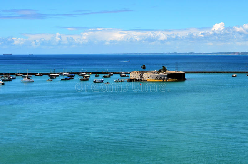 Salvador, Bahia Brazylia, Grudzień, - 22, 2015: Widok port Salvador obrazy stock
