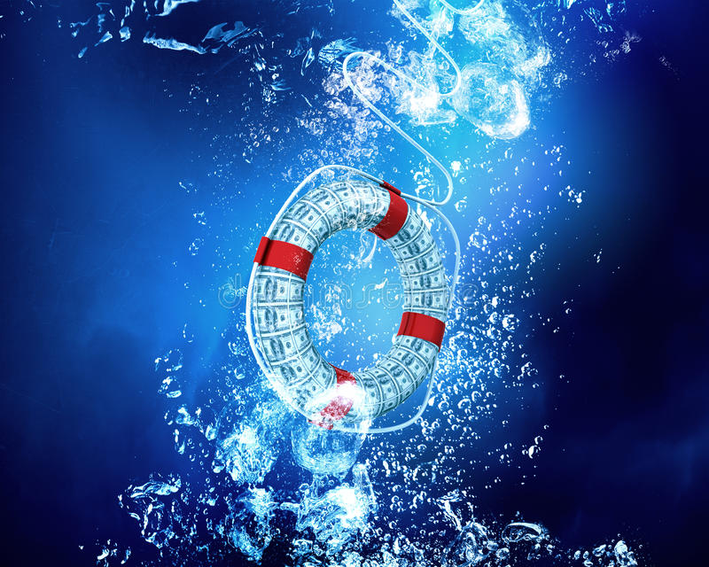 Salvagente in mare blu fotografia stock libera da diritti