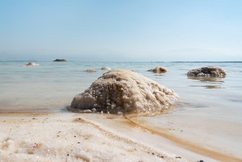 Salz im Toten Meer, Israel stockfoto