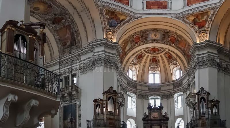 SALZBURG/AUSTRIA - WRZESIEŃ 19: Widok sufit w Salzbur obrazy stock