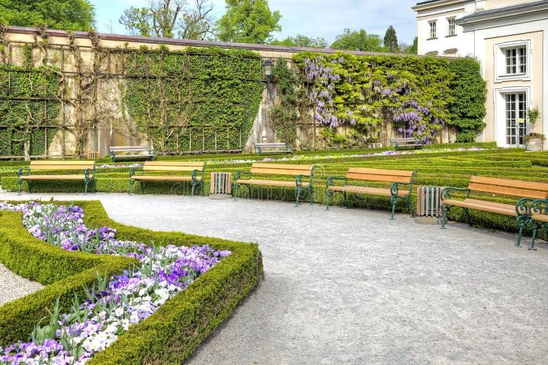 Salzburg, ein Garten ist Mirabelle (Mirabelgarten) lizenzfreie stockbilder
