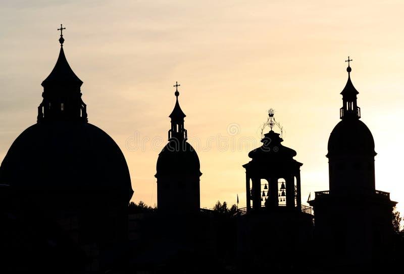 salzburg spires royaltyfri foto