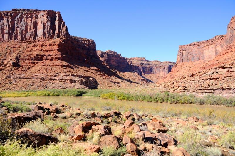 Salzen Sie Wäsche und Kolorado-Fluss lizenzfreie stockbilder