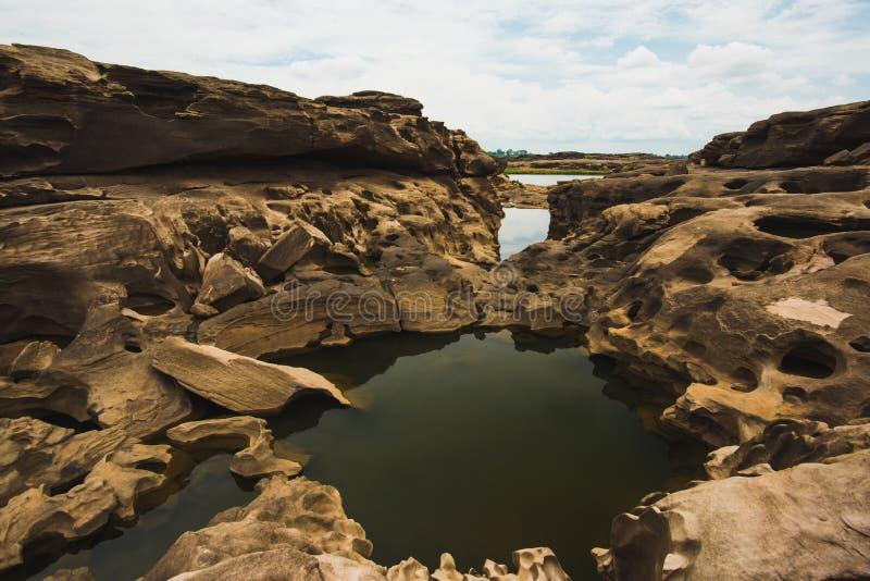 Sam Phan Bok - Grand Canyon de Tailândia imagem de stock royalty free