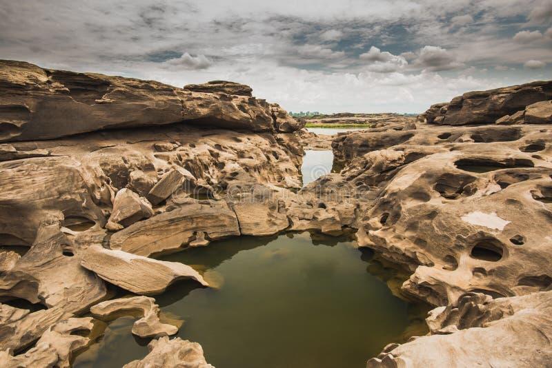 Sam Phan Bok - Grand Canyon de Tailândia imagens de stock royalty free