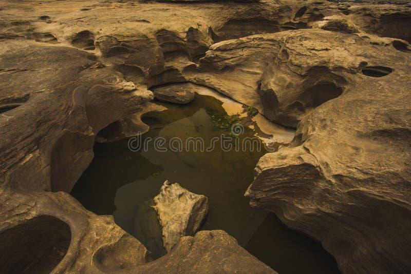 Sam Phan Bok - Grand Canyon van Thailand stock foto