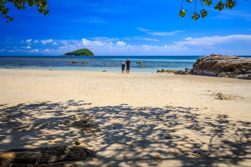 Samaesarn wyspa, Sattahip, Chonburi w Tajlandia plaża, morze zdjęcia royalty free