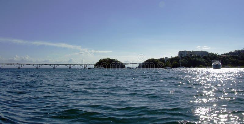 Samana bro arkivfoto