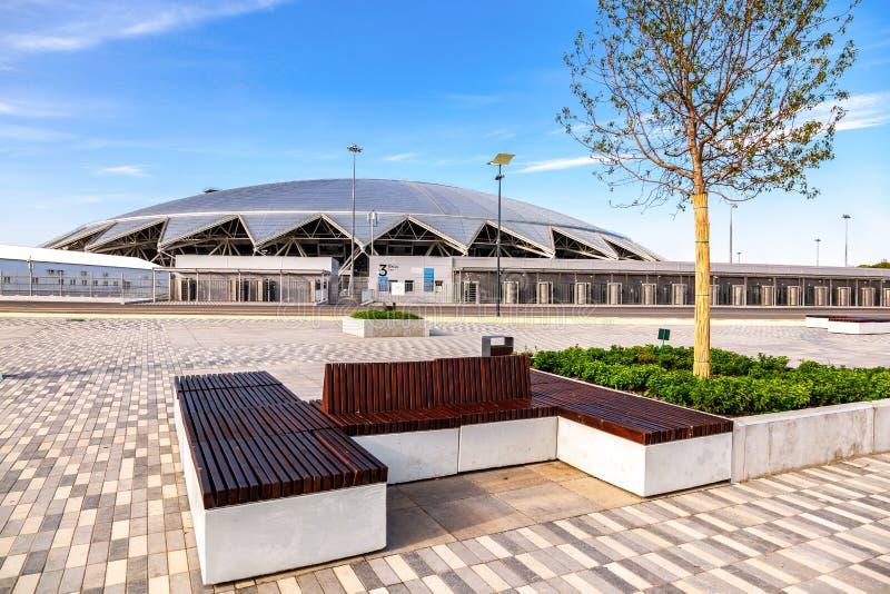Samara Arena fotbollsarena i solig dag arkivbilder