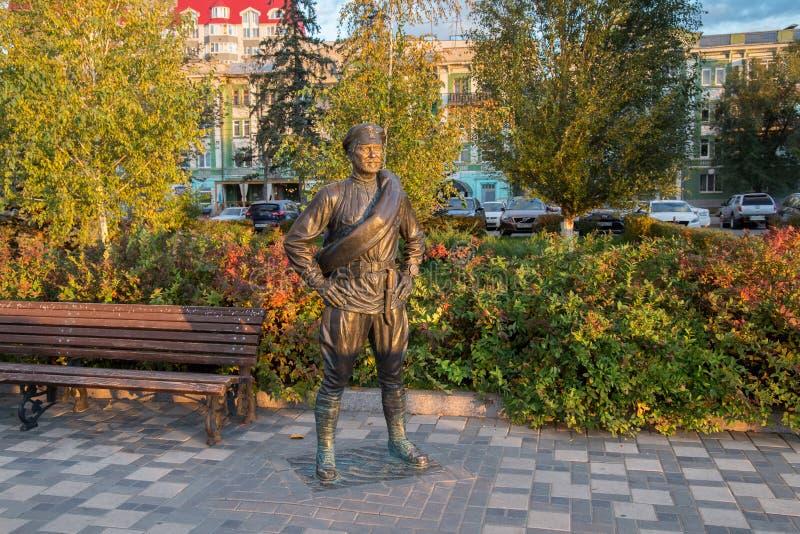SAMARA, RUSIA - 12 DE OCTUBRE DE 2016: Escultura del camarada Sukhov fotografía de archivo libre de regalías