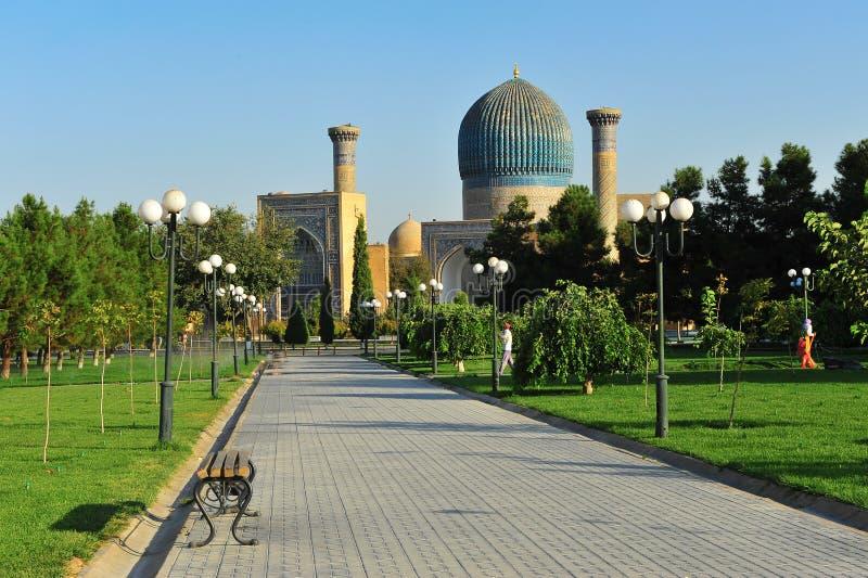 Samarkand: mezquita vieja fotos de archivo