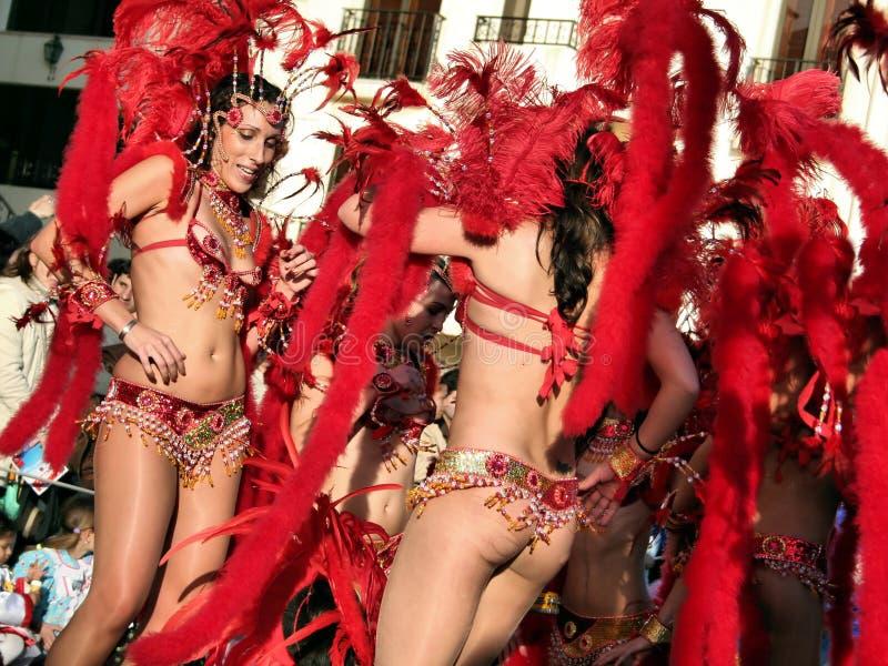 samba brésilienne de danseurs images stock