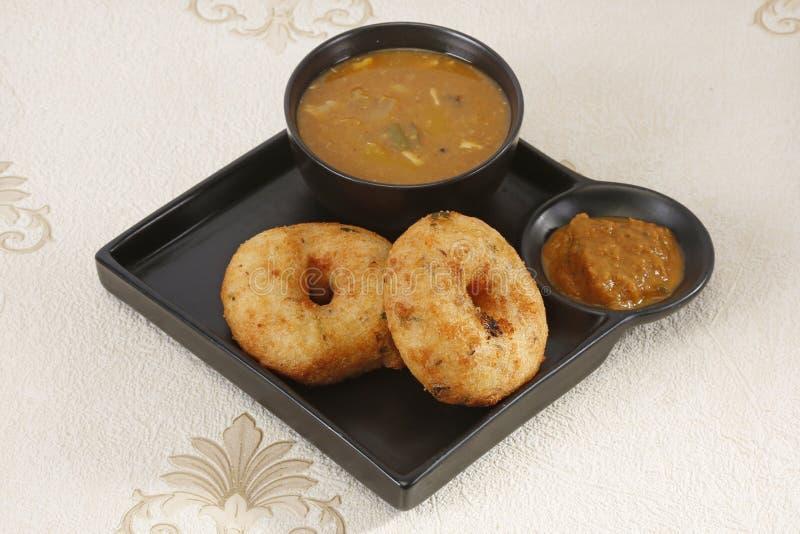Sambar Vada, traditioneel een Zuiden Indische Schotel royalty-vrije stock foto