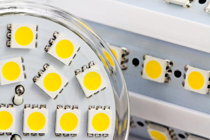 The same 3-chip LEDs on bulb E27 and GU10