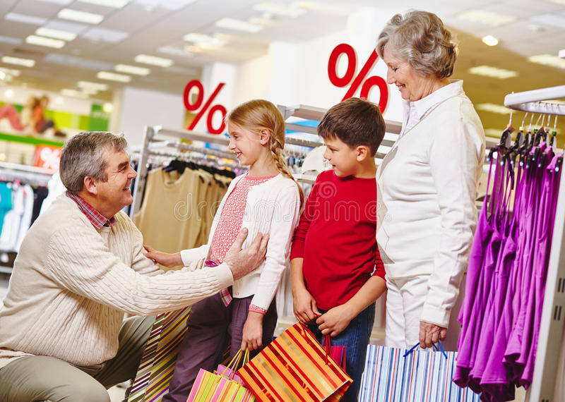 Samen het winkelen stock foto
