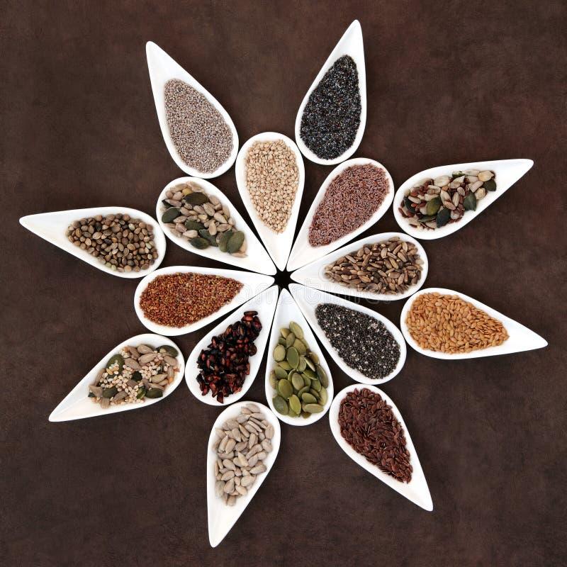 Samen-Lebensmittel-Servierplatte lizenzfreie stockbilder