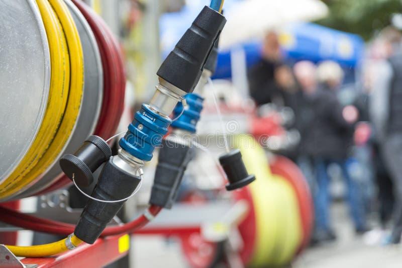 Samengeperste luchtverbinding stock foto