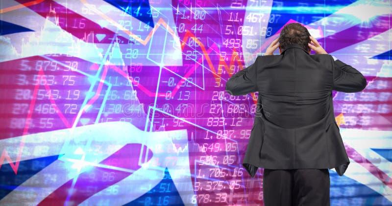 Samengesteld beeld van beklemtoonde zakenman met handen op hoofd royalty-vrije stock afbeelding