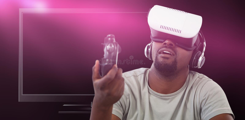 Samengesteld beeld van de mens gebruikend virtuele werkelijkheidshoofdtelefoon en spelend videospelletje royalty-vrije stock foto's