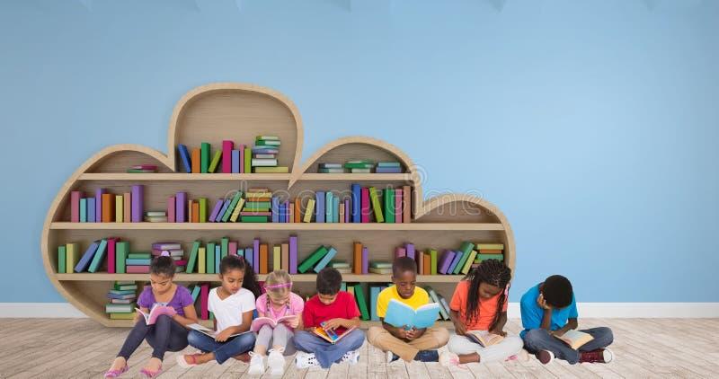 Samengesteld beeld van elementaire leerlingen die boeken lezen stock fotografie
