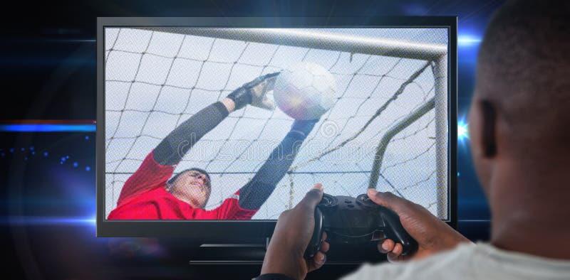 Samengesteld beeld van mens het spelen videospelletje tegen witte achtergrond stock foto's