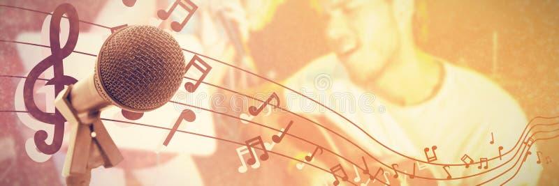 Samengesteld beeld van microfoon met tribune royalty-vrije stock afbeelding