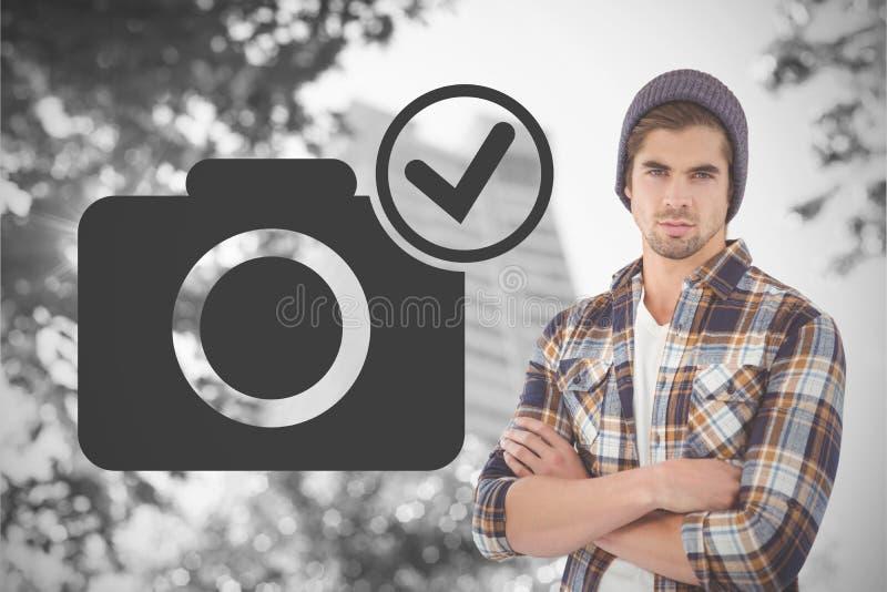 Samengesteld beeld van portret van zekere hipster met gekruiste wapens royalty-vrije stock fotografie