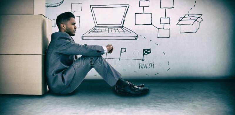 Samengesteld beeld van zakenman het leunen op kartondozen tegen witte achtergrond royalty-vrije stock foto's