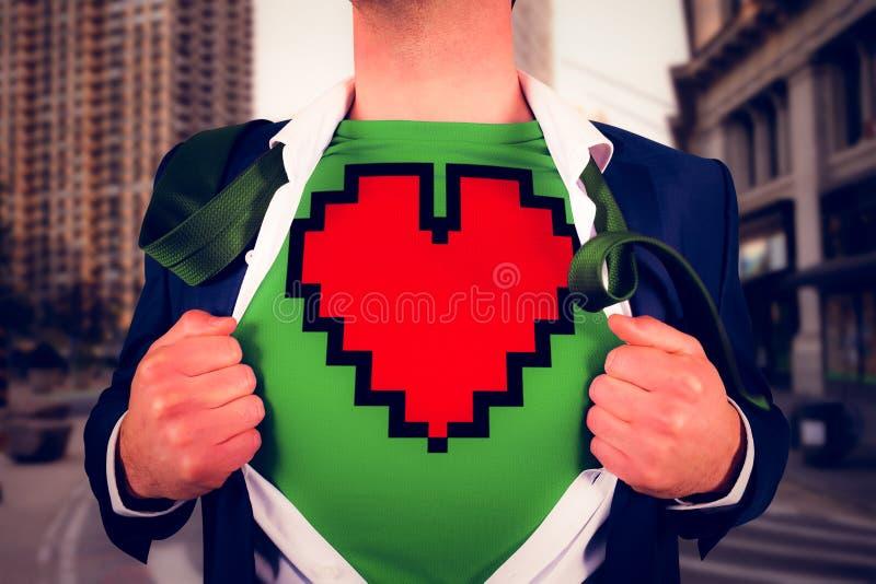 Samengesteld beeld van zakenman het openen overhemd in superherostijl stock foto's