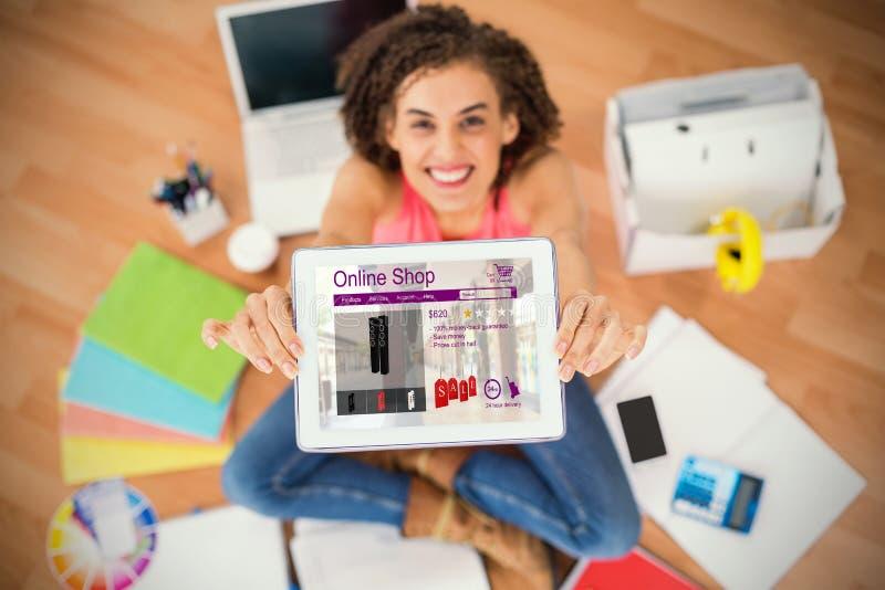 Samengesteld die beeld van wasmachines voor verkoop op Web-pagina wordt getoond royalty-vrije stock afbeelding