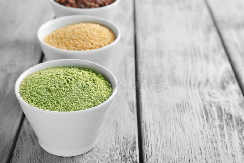 Download Samenstelling Met Assortiment Van Superfoodproducten Stock Afbeelding - Afbeelding bestaande uit gezond, dieet: 107702691
