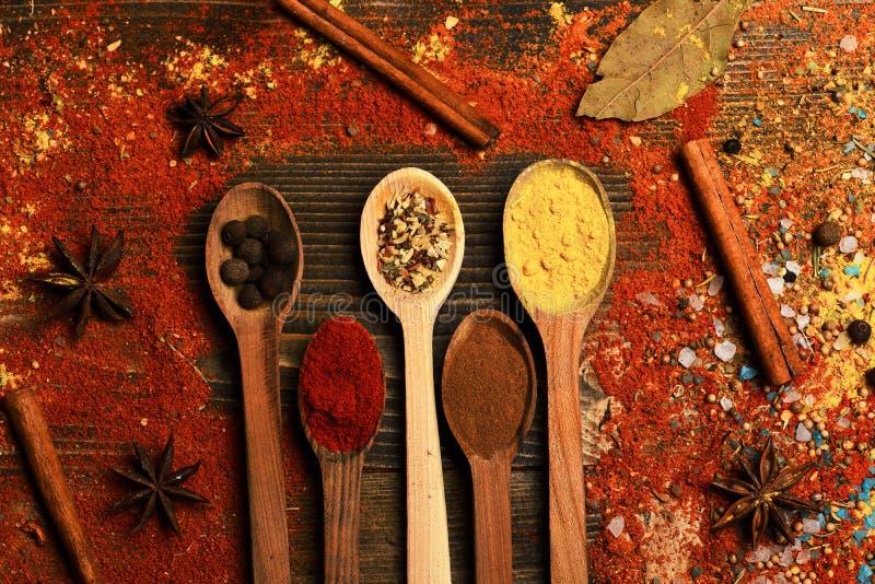 Samenstelling van specerij Keuken en smaakstofconcept stock afbeeldingen