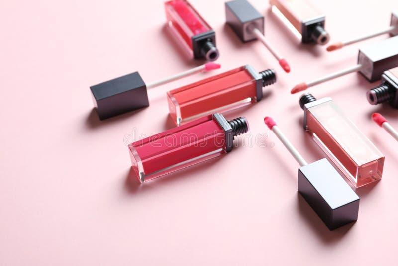 Samenstelling van vloeibare lippenstiften royalty-vrije stock foto