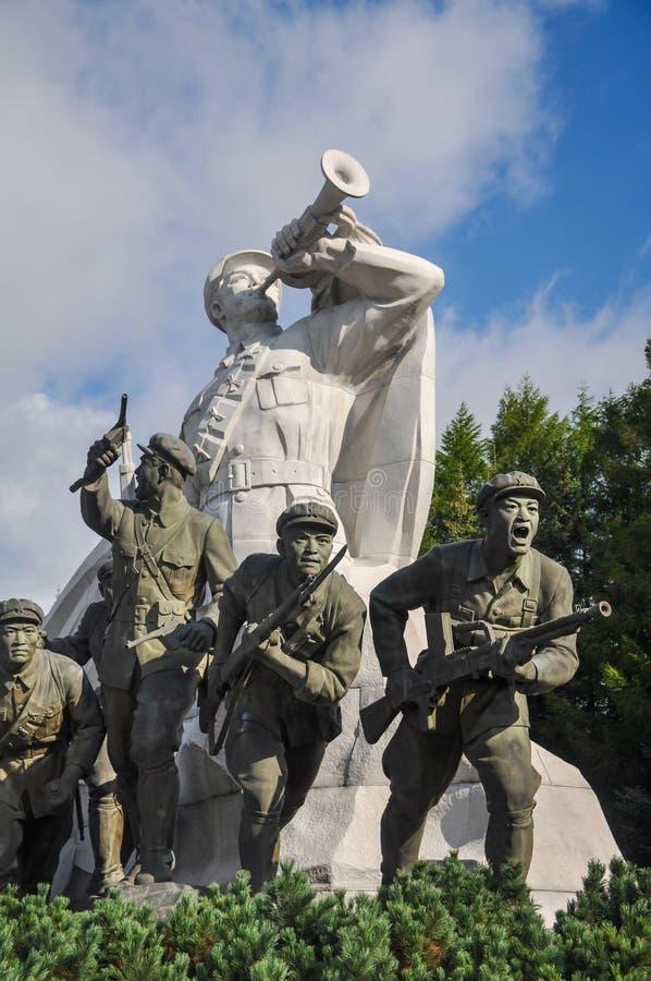 Samijyong-Monument, Nordkorea, 09/09/2018: Unglaublich hohes Monument befindet sich nah an Mt Paektu und Kennzeichen die historis stockfoto